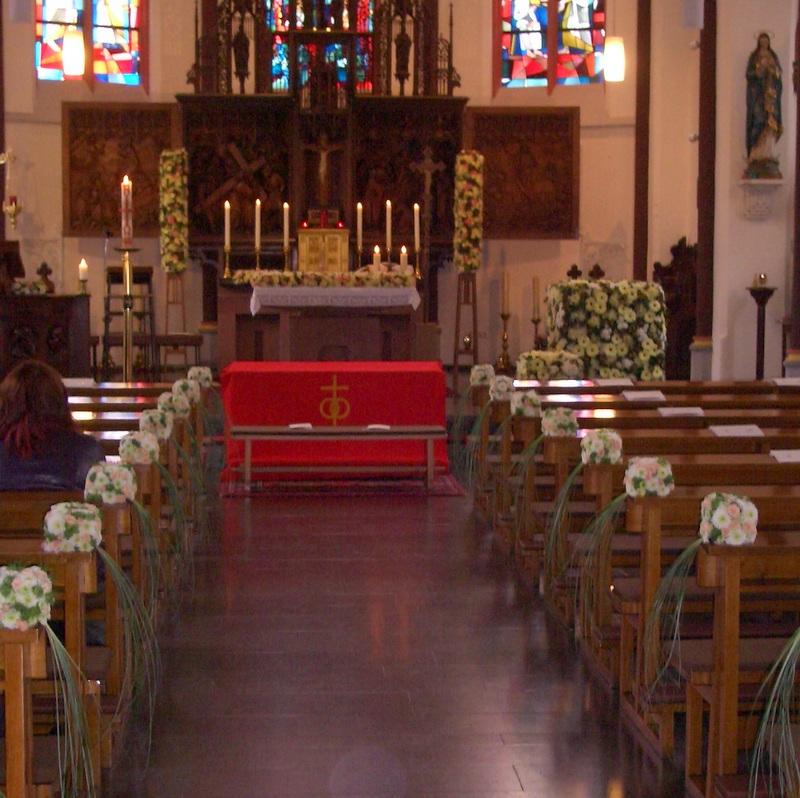 Hochzeitsfloristik Kirchenschmuck