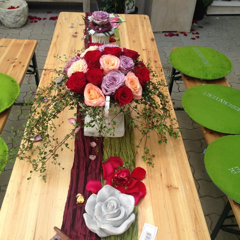 Floristik Tischdeko Rosen