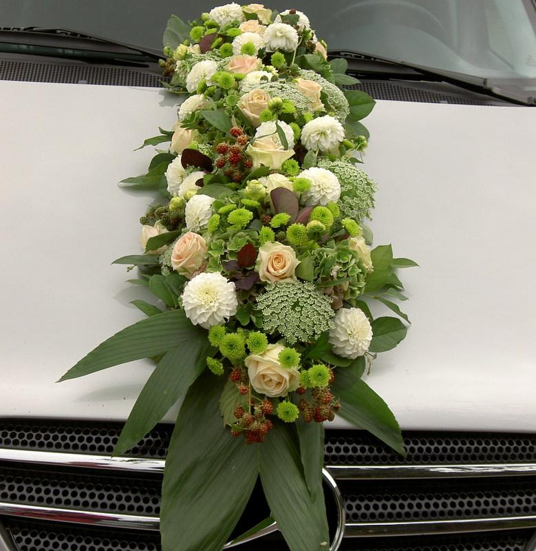 Hochzeitsfloristik Autoschmuck