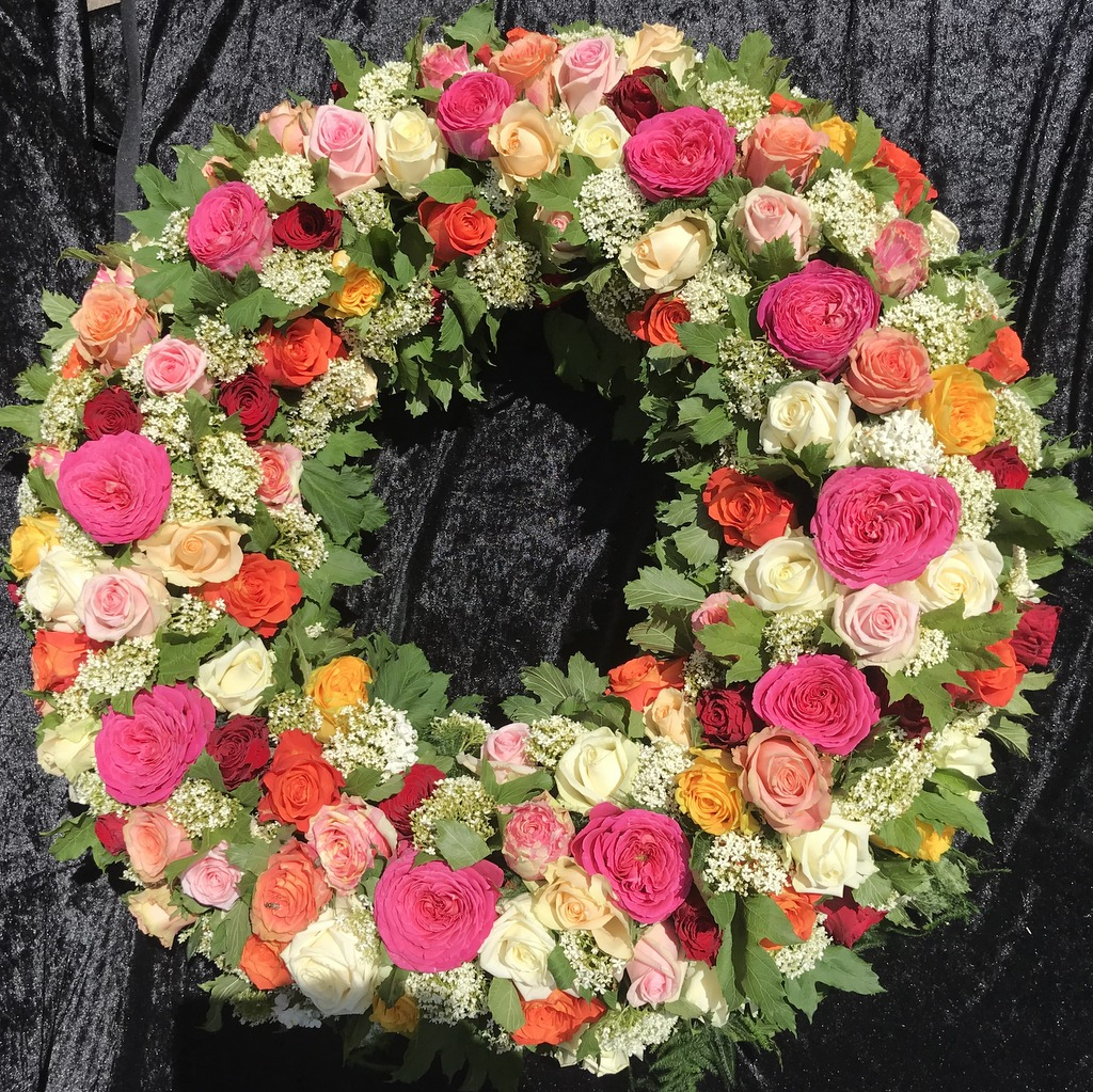 Blumenparadies Hasselt Trauerkranz Rosen