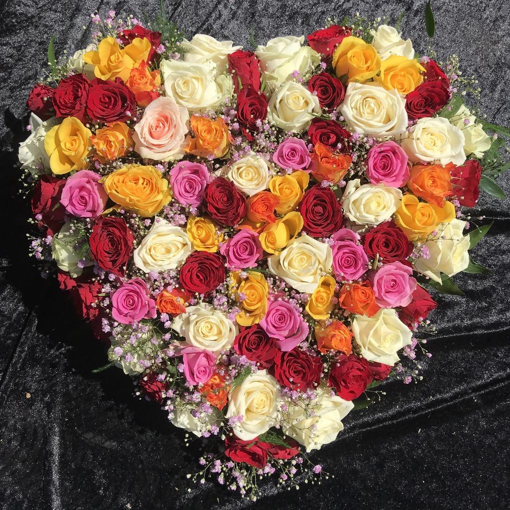 Blumenparadies Hasselt Trauerherz bunt