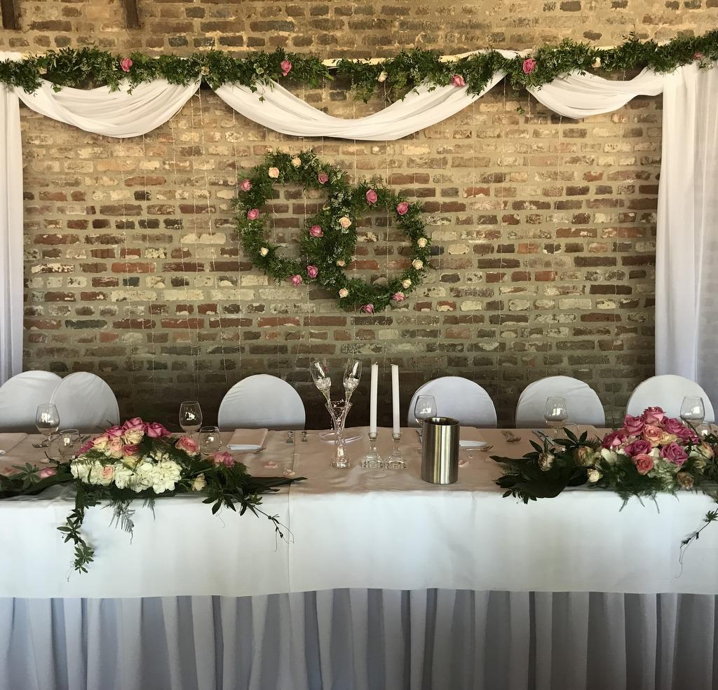 Blumenparadies Hasselt Brautpaartisch